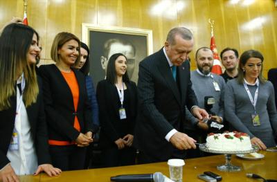 Cumhurun Başkanının Doğum Günü! Cumhurbaşkanı Erdoğan Kaç Yaşına Girdi?