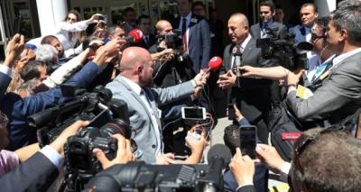 Dışişleri Bakanı Çavuşoğlu'ndan Rum Lidere Tarihi Ayar! Çavuşoğlu Açtı Ağzını Yumdu Gözünü!