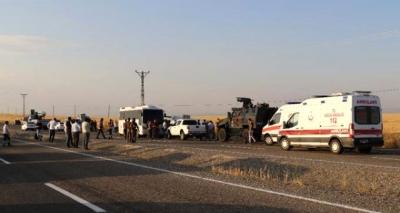 Diyarbakır'da Polis Aracıyla Sivil Araç Çarpıştı: 5 Ölü 5 Yaralı!