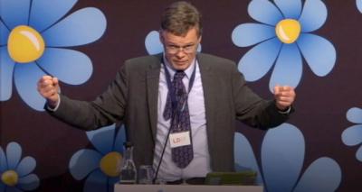 """Dünya Ayağa Kalktı! İsveçli Siyasetçiden Müslümanlar İçin Hakaret Dolu Sözler: 'Müslümanlar İnsan Değil!"""""""