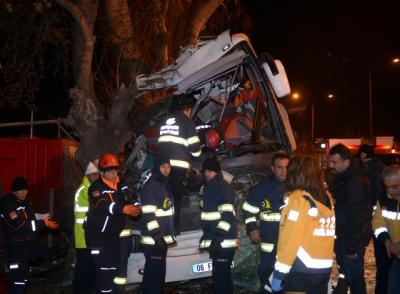 Eskişehir'de 11 Kişinin Can Verdiği Kazada Acı detay: Şoför Uyudu Mu?