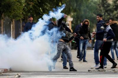 Filistin Sokakları Yanıyor! Camilerden Direniş Çağrıları Yapıldı, Türkiye'nin 15 Temmuz'u Akıllara Geldi