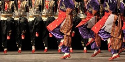 Flaş! Türkiye'den Yurt Dışına Halk Oyunları Gösterisi İçin Giden Dansçılar İltica Etti