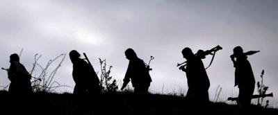 Hataylı Vatandaşların Terörist Avı! Silahları Kuşanıp Peşlerine Düştüler