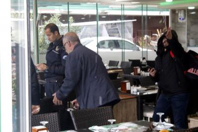 İranlı Turist Restoranda Ev Pazarlığı Yaptığı Dolandırıcılara 70 Bin TL Kaptırdı
