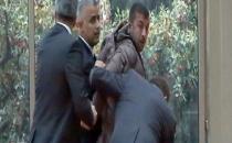 Kılıçdaroğlu'na Yumruk Atan Övet'e Yakalama Kararı