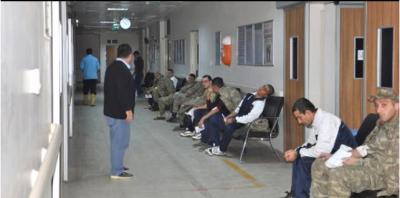 Kışlada Büyük Panik! 70'e Yakın Asker Zehirlenerek Hastaneye Kaldırıldı, Sağlık Durumları Nasıl?