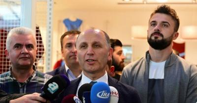 Muharrem Usta ''2010-2011 Şampiyonluğu İçin Fifa'ya Gideceğiz.''