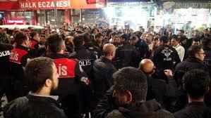 Şanlıurfa'da Polise Kafa Atan Suriyeliler Gerginliğe Neden Oldu! Şanlıurfalılar Ayaklandı, Linç Etmek İstedi!