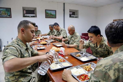 Skandal! Gölcük Donanma Komutanlığına 4 Ton At Eti Satmışlar