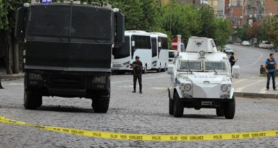 Son Dakika! Diyarbakır'da Uzman Çavuşa Otomobilinden İndiği Sırada Hain Pusu! Uzman Çavuş Şehit Oldu