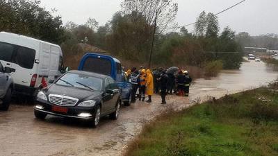 Son Dakika! Tekirdağ'da Zırhlı Askeri Araç Suya Kapıldı, 4 Asker Yaralı, 1 Asker Kayıp Olarak Her Yerde Aranıyor