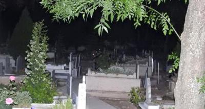 """Efsane Oluyor! """"Mezarlıkta Ağlayan Kız"""" Turizmi Başlıyor"""