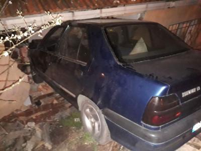 Yer: Kocaeli! El Freni Boşalan Otomobil Yatak Odasına Daldı, Ortaya Çıkan Manzara Şaşırttı