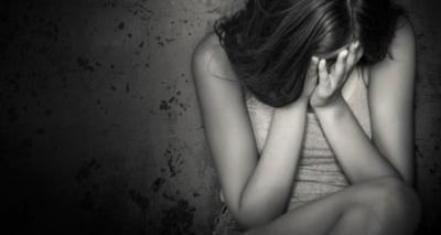 15 Yaşındaki Kız Önce Sevgilisiyle Arkadaşının Ardından Yardım İstediği Şoförün Tecavüzüne Uğradı